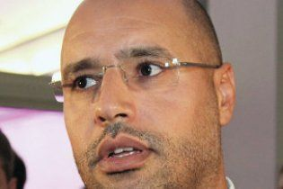 Сын Каддафи перешел на сторону оппозиции
