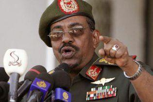 Президент Судану відмовився від участі в наступних виборах
