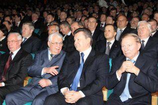 Кравчук похвалив Януковича: він перший президент, який наважився на реформи