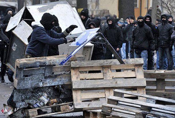 Марш неонацистов в Дрездене завершился дракой