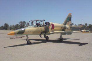 Ливийские летчики, не пожелавшие бомбить демонстрантов, разбили свой самолет