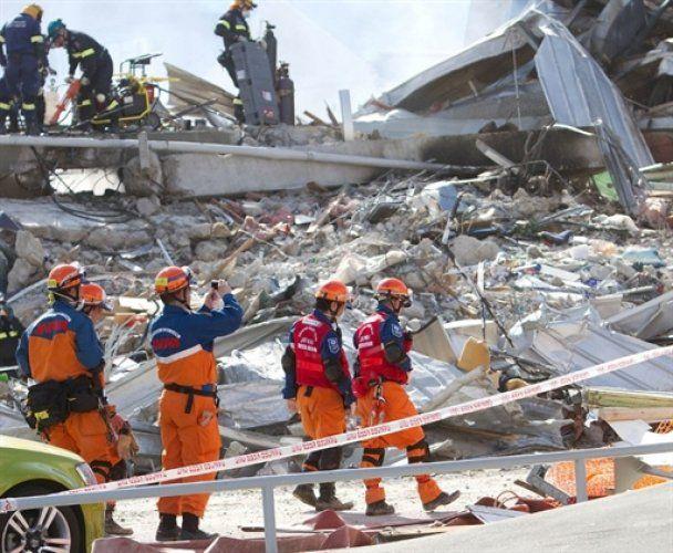 Наслідки землетрусу в Новій Зеландії: загиблих уже 147, живі сплять у школах та іподромах