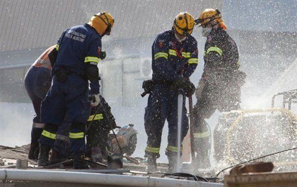 Спасатели в Новой Зеландии потеряли надежду обнаружить под завалами живых людей