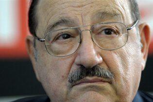 Скандал в Італії: Умберто Еко порівняв Берлусконі з Гітлером