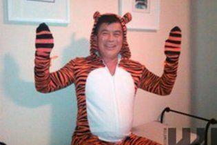У США розгорівся скандал через фото конгресмена у костюмі тигра