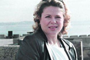 """Українська медсестра називає Каддафі """"татом"""" і вірить в його перемогу"""