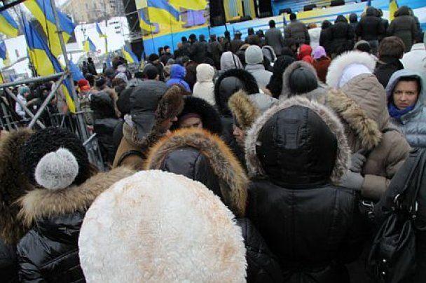 Участникам митинга, которые слушали Януковича на Майдане, платили по 100 гривен