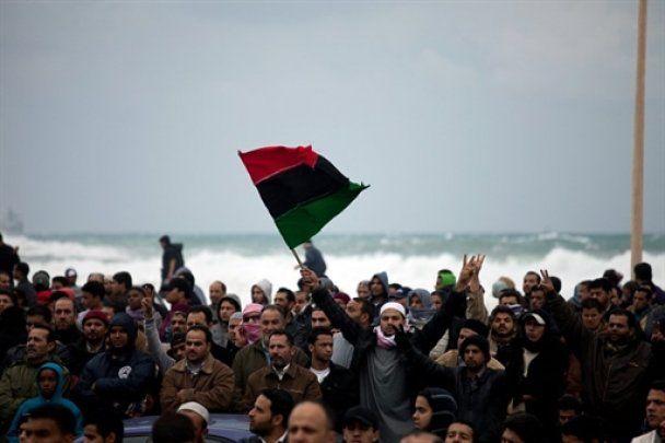 """Каддафі озброїть мільйони лівійців та обіцяє Заходу """"другий В'єтнам"""""""