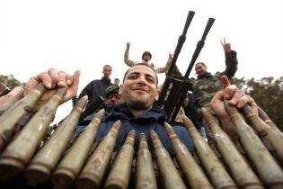 В Сети появилось видео ожесточенного боя за восток Ливии