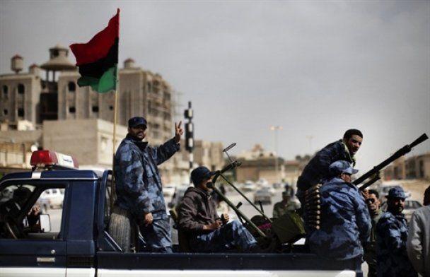 Революційна Лівія: бої наближаються до столиці
