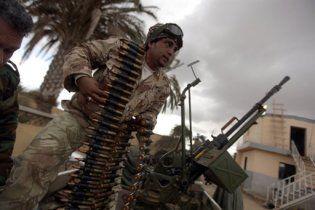 Каддафі кинув на бунтівне місто танки та авіацію