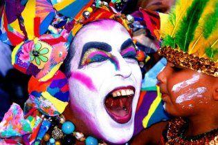Під час карнавалу в Бразилії загинули 16 людей, півсотні поранених