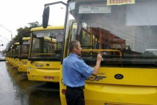 Проїзд для школярів у Києві зробили безкоштовним