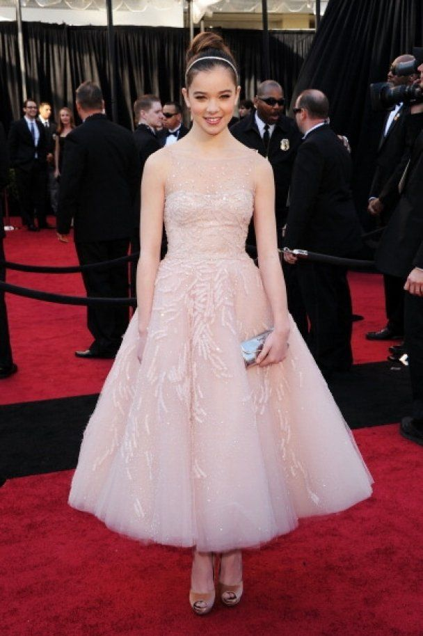 """Самые эффектные наряды церемонии """"Оскар - 2011"""""""
