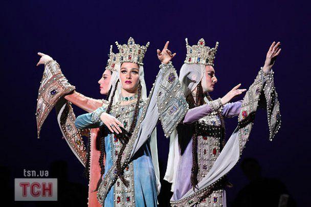 Мужчины из балета Сухишвили умеют летать
