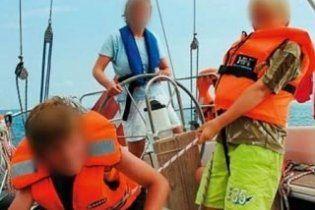 Сомалийские пираты захватили судно с семьей датчан и моряками