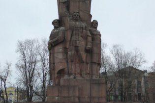 З центру Харкова приберуть пам'ятник на честь проголошення радянської влади