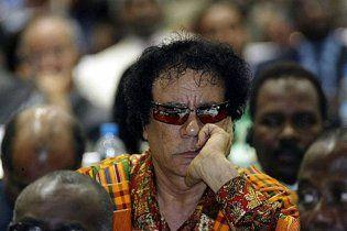 Повстанці дозволили Каддафі залишитися в Лівії
