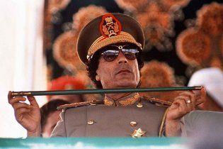 Лідер повстанців дозволив Каддафі залишитися в Лівії