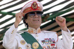 МЗС Франції: НАТО недооцінила здатність сил Каддафі до опору