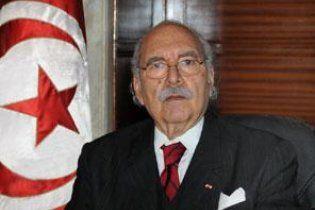 Временный президент Туниса продлил свои полномочия