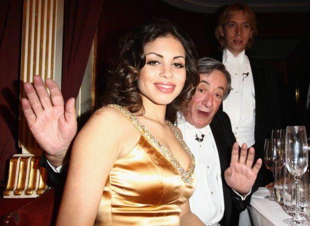 Коханка Берлусконі стала зіркою Віденського балу