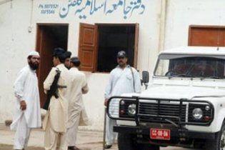 Мусульманские полицейские жестоко изнасиловали и застрелили христианина за богохульство