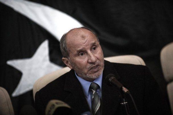 """Власти Ливии: повстанцы прикрываются """"живым щитом"""" из невинных людей"""