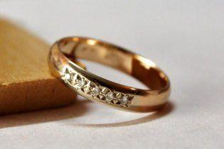 В США бездомный нашел кольцо с бриллиантами и ищет его владельца