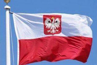 На одном из избирательных участков Польши нашли бомбу