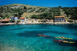 Хорватія скасувала візи для українців на туристичний сезон