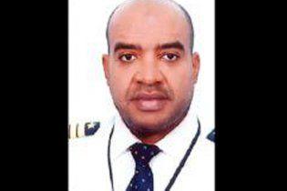 Пилот в предынфарктном состоянии довел самолет до земли и умер после посадки