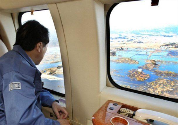 Японські цунамі нещадно змивають цілі міста: в море віднесло вже 2000 людей