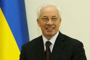 Азаров не верит, что украинские продукты дороже европейских