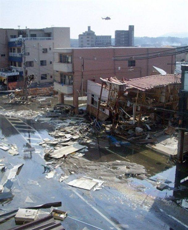 Уряд Японії запевнив, що новий вибух на АЕС загрози не несе і радіаційний фон в нормі