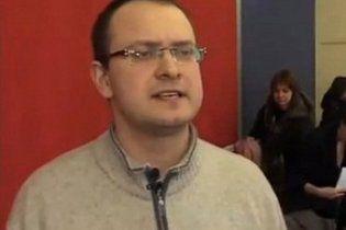 Колишній кандидат у президенти Білорусі втік з країни
