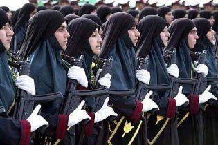 """""""Аль-Каида"""" выпустила для женщин аналог Cosmopolitan о тонкостях джихада"""