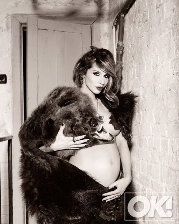 LOBODA знімається в кліпі на 9 місяці вагітності
