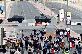 Чотирьох учасників протестів у Бахрейні засудили до страти