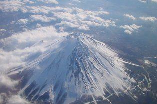Подземные толчки в Японии могут разбудить священный вулкан Фудзи