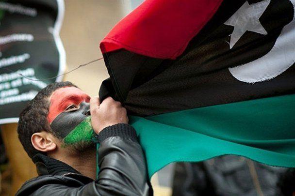 """Кровавая военная операция Запада """"Одиссея. Рассвет"""" в Ливии"""