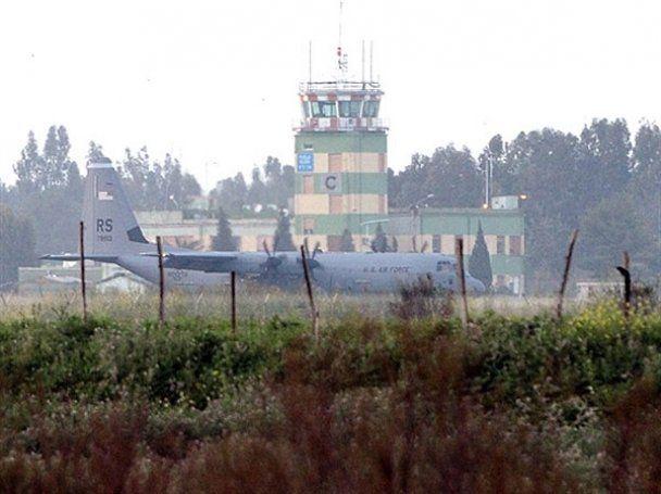 Пентагон: наступление войск Каддафи на Бенгази остановлено, бесполетная зона введена
