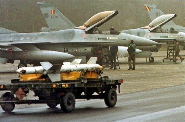 Бельгия присоединится к бомбардировке Ливии