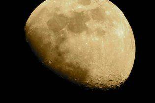 NASA запустило в космос два лунных зонда-близнеца