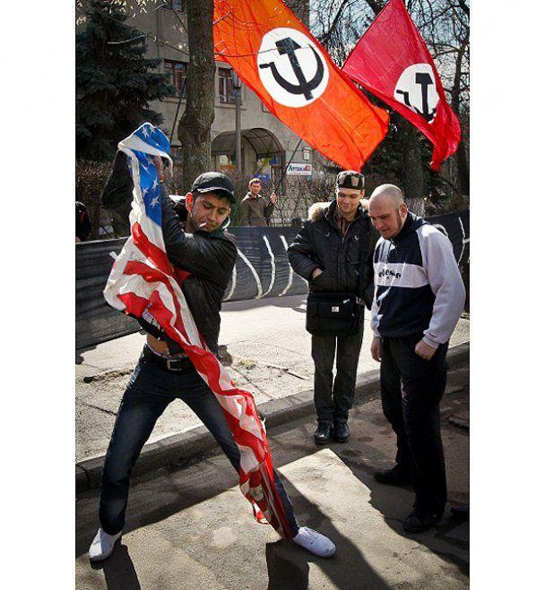 У Києві націонал-більшовики підтримали Каддафі