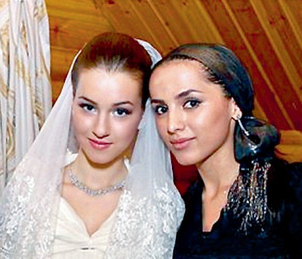 Байсаров выдал замуж дочь