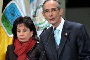 Перша леді Гватемали розлучається з чоловіком, щоб стати президентом