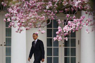Перед Обамою зачинили двері Білого дому (відео)