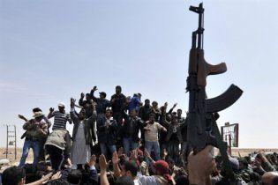 Під час військових протистоянь у Лівії загинули вже більше тисячі осіб