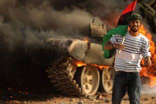 Німеччина допоможе лівійським повстанцям грошима Каддафі